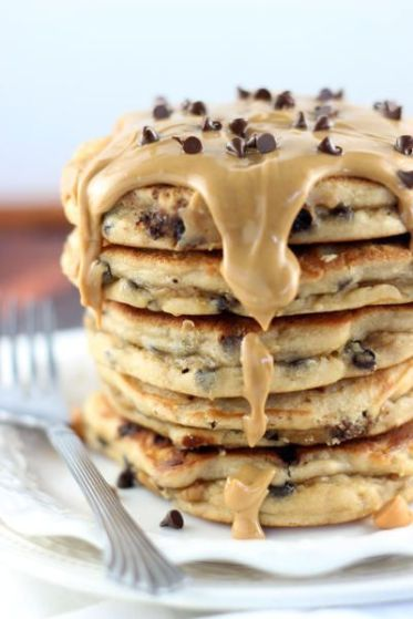 http://thingsthatlookgoodeat.blogspot.com/2017/03/peanut-butter-chocolate-chip-pancakes.html?spref=pi