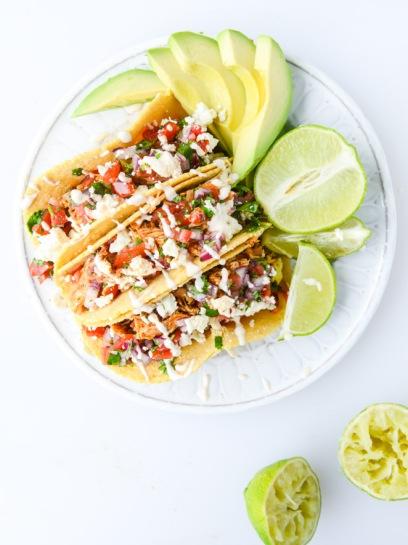 https://www.howsweeteats.com/2015/04/easy-weeknight-chicken-tacos/