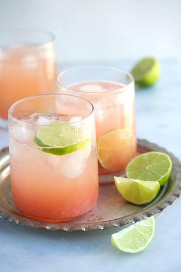 https://drizzleanddip.com/2012/03/14/the-perfect-paloma-cocktail/